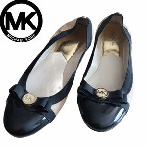Michael Kors Dixie Leather Ballet Flat in Blac
